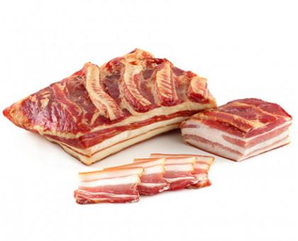 ГРУДИНКА ДЕРЕВЕНСКАЯ ОСОБАЯ, продукт из мяса свинины сырокопченый, вакуум