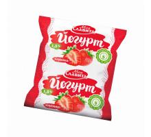 "Йогурт ""Моя Славита"" в пленке м.д.ж. 1,5% Клубника 500гр"